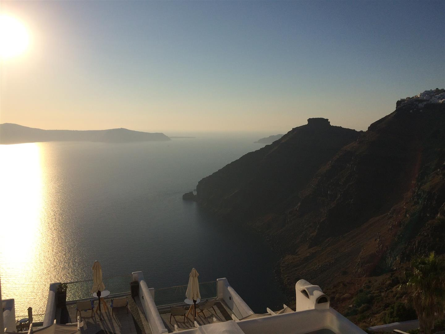 Santorini restaurant sunset